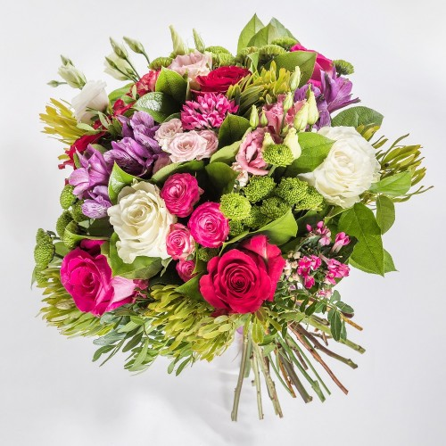 Sensual pink bouquet with roses