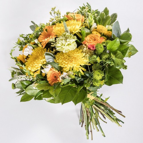 Luxurious yellow bouquet