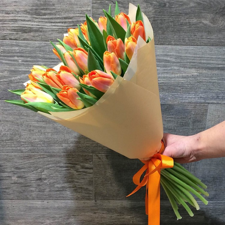Bouquet of tulips (25 pieces)